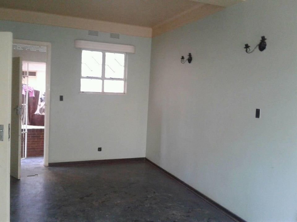 1 Bedroom Flat Available For Rent Chinamano Heights Prince Edward Street Harare Zimbabwe