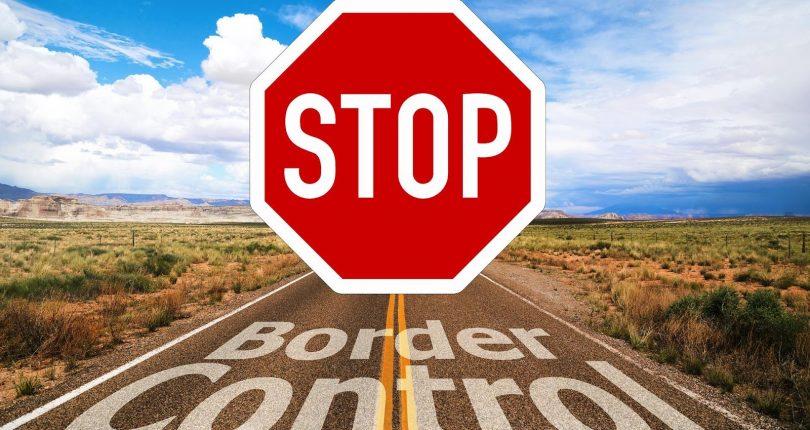 Zimbabwe Keeps Borders Closed